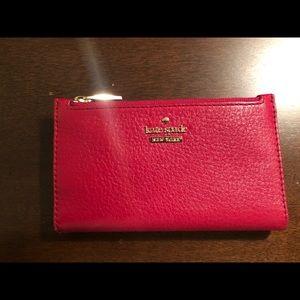 Kate spade Mikey wallet red polka dot interior